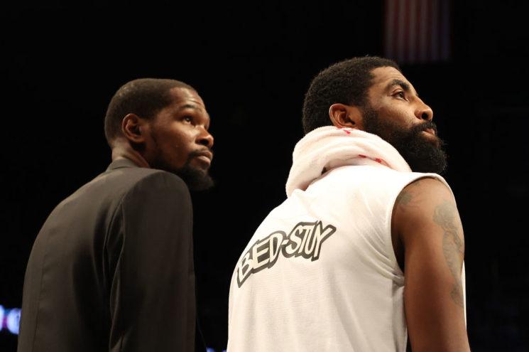 Sin cronograma para el regreso de Kevin Durant y Kyrie Irving