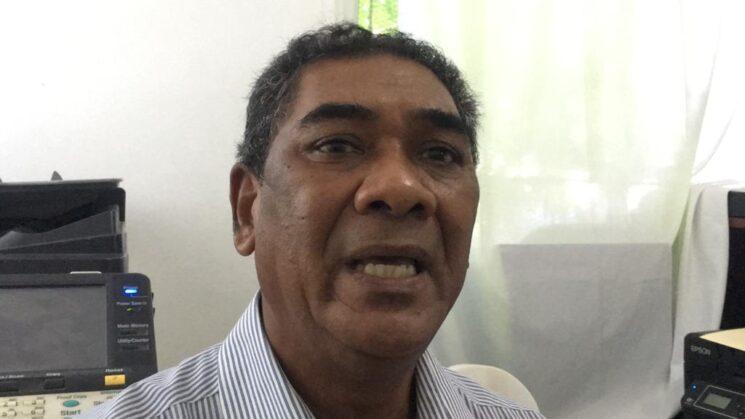 Carlos García diputado electo acusa al diputado Miguel Florián de sobornar Juntas