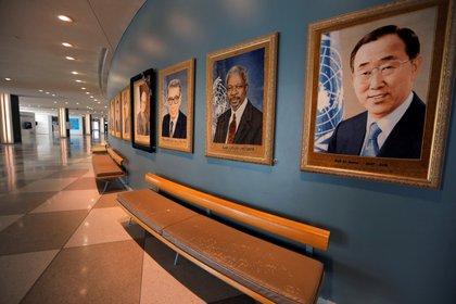 El edificio de las Naciones Unidas, vacío durante la Asamblea General debido a la pandemia de Covid-19. Foto: REUTERS/Mike Segar