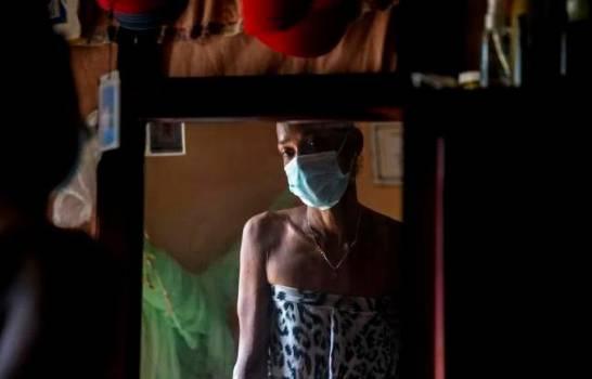Trabajadoras sexuales trans desafían la pandemia, pero