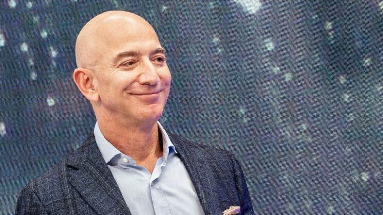 La tres preguntas que se formula Jeff Bezos antes de contratar