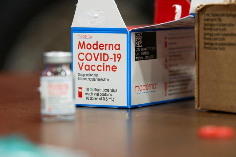 Moderna anunció que su vacuna contra la variante sudafricana