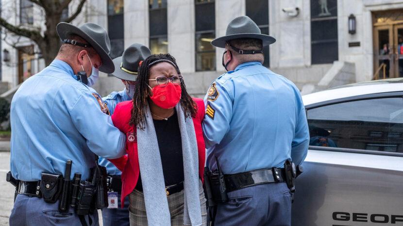 ¿'Jim Crow 2.0′ o medidas de integridad de la votación? »