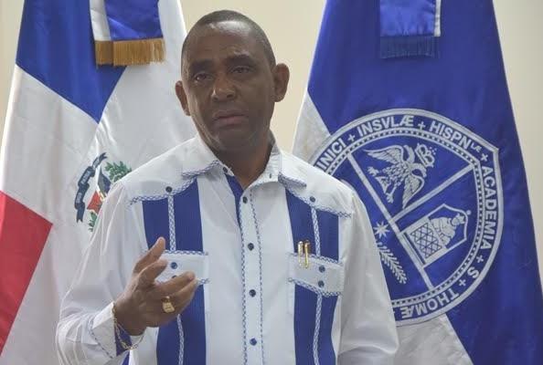 Director General UASD Recinto Barahona exhorta a la prudencia en Semana Santa