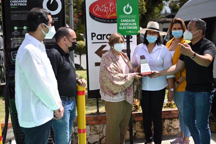Evergo y el emblemático parador 'Miguelina' conectan el norte del país a la movilidad eléctrica