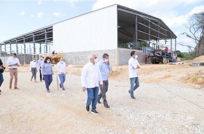 Gobierno promueve crecimiento de las zonas francas; ofrece amplias facilidades