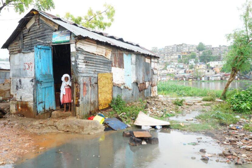 Más de 268 mil dominicanos cayeron en la pobreza en 2020