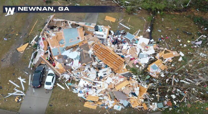 Newnan, GA Clasificación de tornado EF-4, vientos de 170 MPH