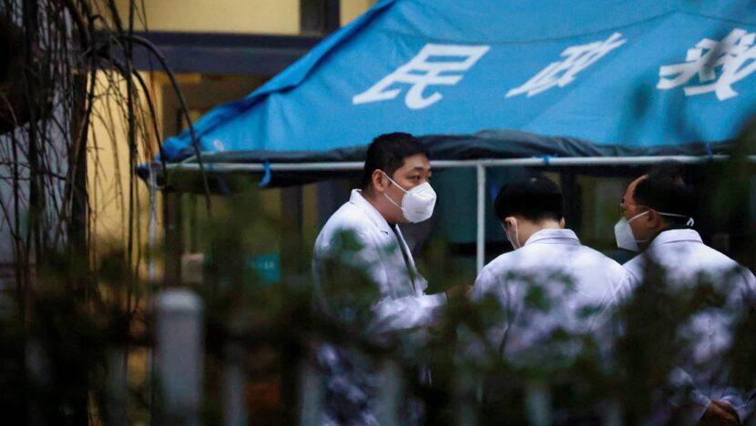 """Alto experto médico chino sobre acusaciones de la OMS: """" Todos podían"""