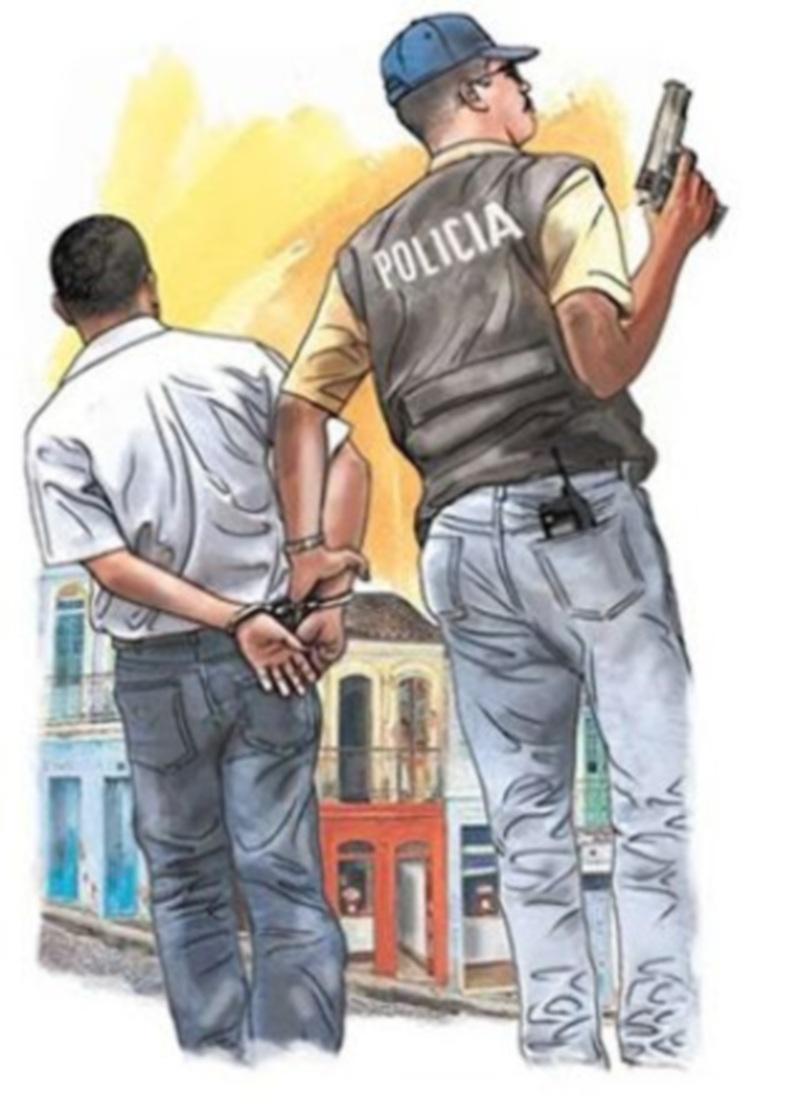 Apresan tres jóvenes acusados de robarle más de 57 mil pesos a una profesora, entre ellos hay un guardia