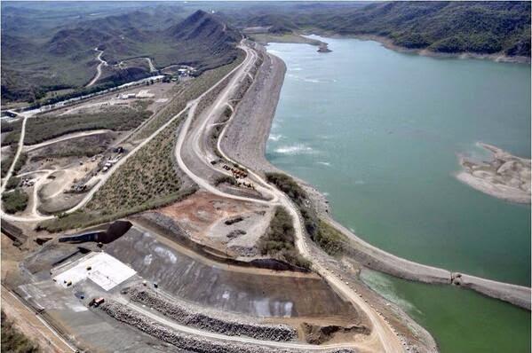 Denuncian paralización de trabajos construcción presa de Monte Grande