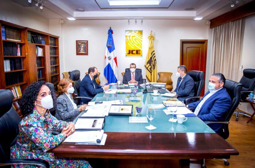 El Pleno de la JCE acompañará a las organizaciones políticas en su fortalecimiento institucional