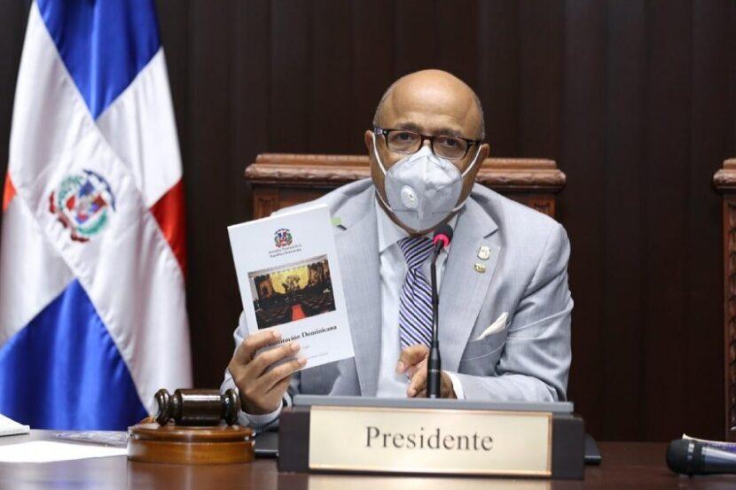 Diputados acogen propuesta del Senado sobre Defensor del Pueblo