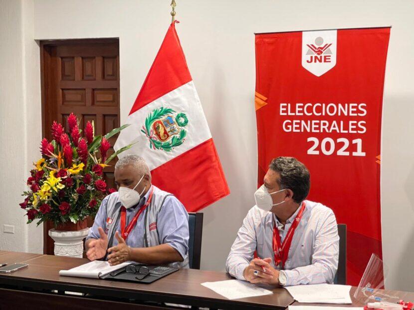 Presidente del Tribunal Superior Electoral preside reunión de evaluación de las elecciones en Perú