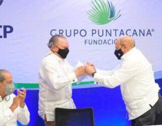 Hoteleros del Este sellan acuerdo con Infotep para desarrollar capital humano