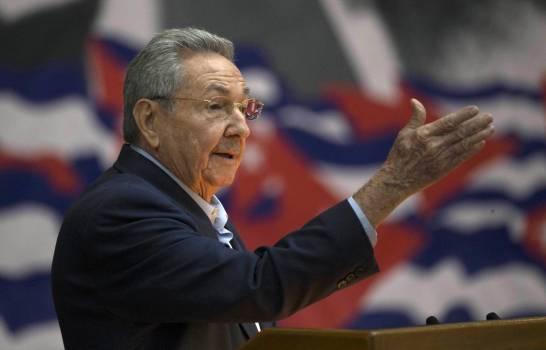 Renuncia de Raúl Castro a partido pone fin a una era en Cuba »
