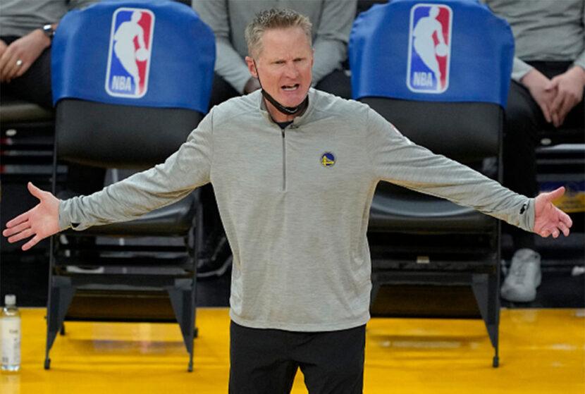 Steve Kerr expresa sus frustraciones sobre la disciplina de rebote en la NBA de hoy