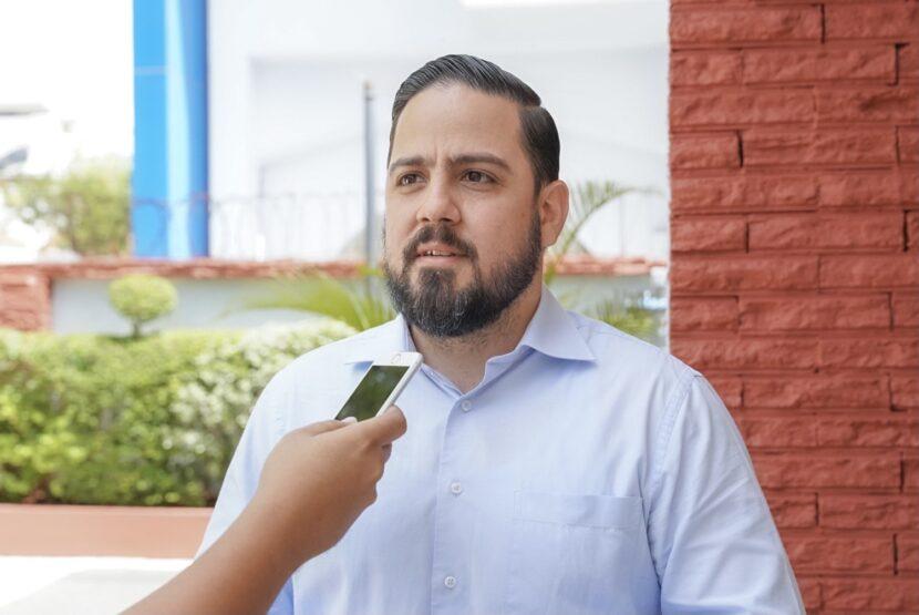 Alianza País demanda evitar colapso del sistema de salud