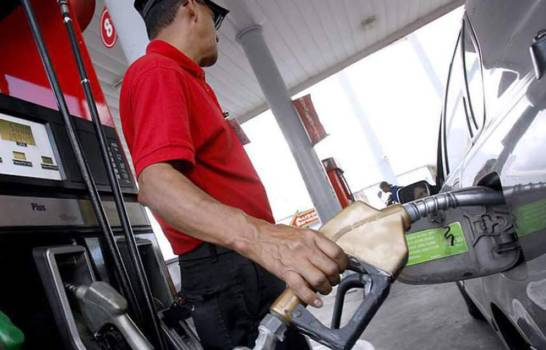 Gasolinas suben más de dos pesos y el gasoil entre RD$1.90 y RD$2.90