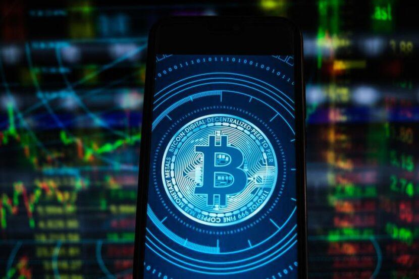 Los multimillonarios de Tesla y Ethereum provocan una caída de los precios de las criptomonedas de $ 300 mil millones mientras Bitcoin y Dogecoin se desploman repentinamente