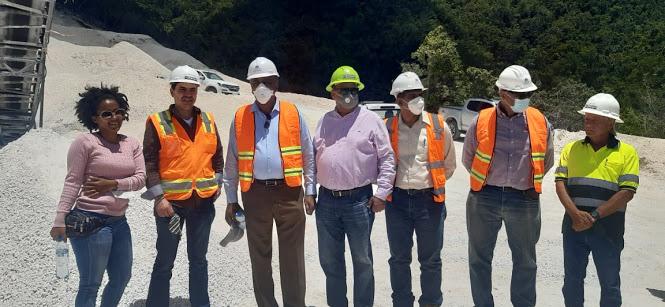 Ministro de Energía y Minas Antonio Almonte supervisa a la minera Belfond Enterprise