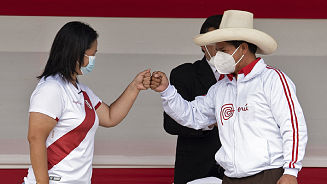Pedro Castillo y Keiko Fujimori se enfrentan en primer debate marcado por cruce de ideas y ataques personales