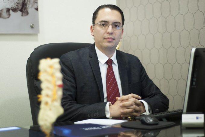 Revocan libertad al Dr. Piero Perrone, acusado de incesto en perjuicio de su hijo menor de edad