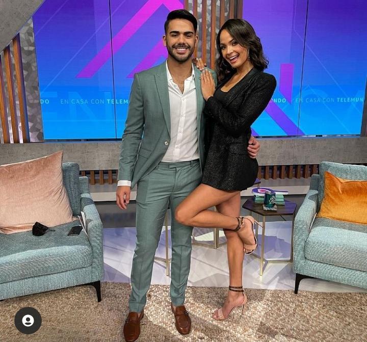Miss RD Kimberly Jiménez debuta como presentadora de TV por Telemundo