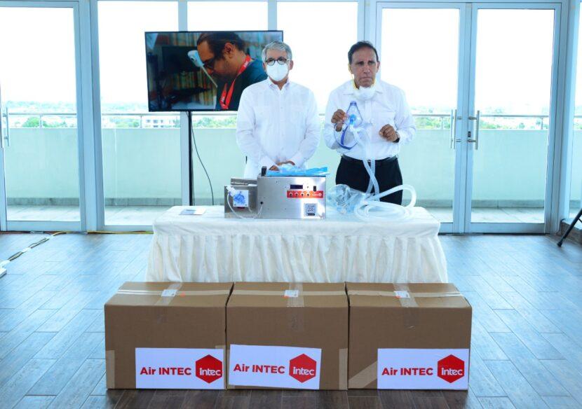 INTEC dona cuatro ventiladores mecánicos a la Clínica Cruz Jiminián