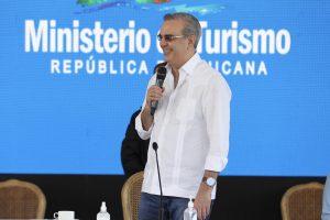 Gobierno apoyará con RD$7.5 millones a la Asociación de Caficultores de Jarabacoa para incentivar el turismo y la creación de empleos