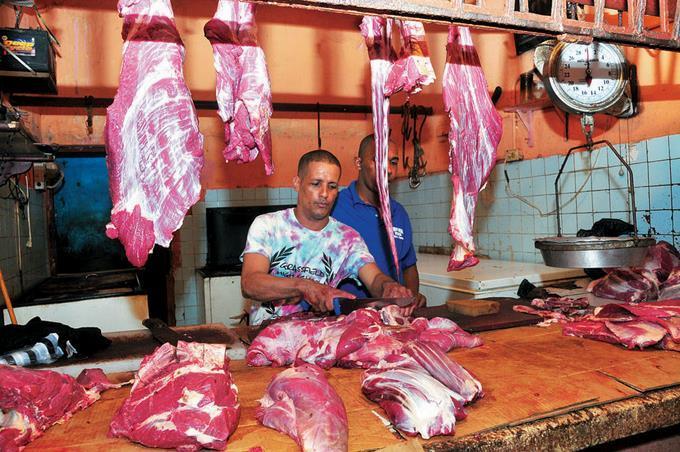 Productores afirman alzas en precios de carnes de res no se reflejan en sus bolsillos